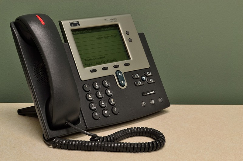 Selecting the Right Hosted PBX for your Business